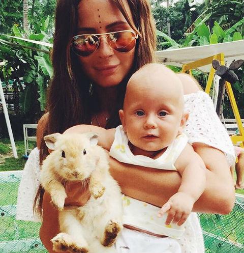 Саша Зверева с сыном Львом