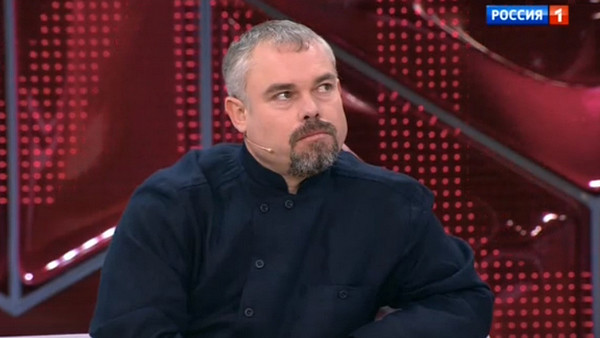 Отец Дианы обвинил Сергея во лжи