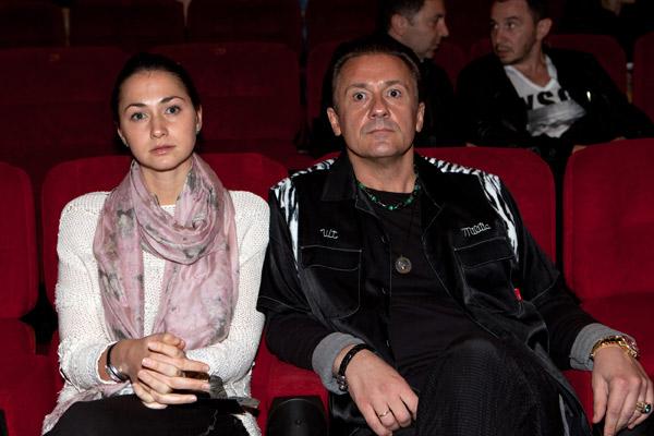 Пара часто выходит в свет вместе, посещает спектакли и премьеры