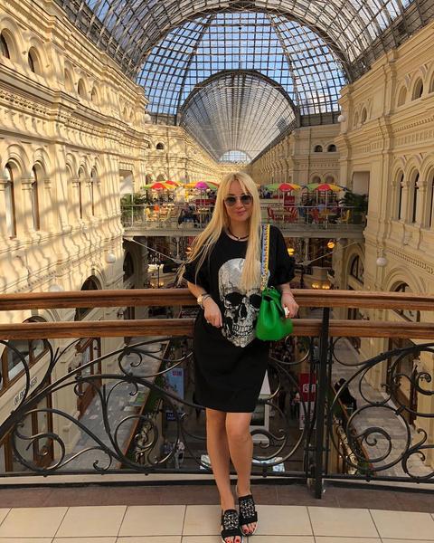 По словам друзей Кудрявцевой, она станет мамой в конце лета или начале осени