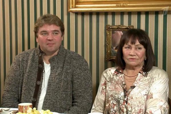 Лариса Лужина с сыном