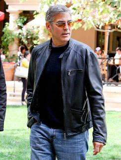 И в смокинге, и в джинсах - Клуни всегда выглядит великолепно
