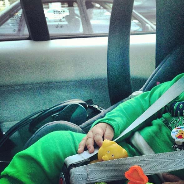 Маленький Ваня путешествует с комфортом