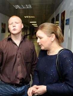 Внебрачный сын актера – Павел Можинов – надеялся на встречу. На фото смамой Татьяной