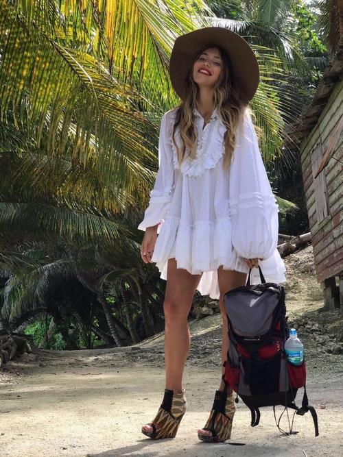 Последняя программа с участием Регины была отснята на острове Барбадос. В 15-ом сезоне шоу «Орел и Решка», который назывался «Рай и Ад. 2», соведущей девушки стала Наталия Неведрова