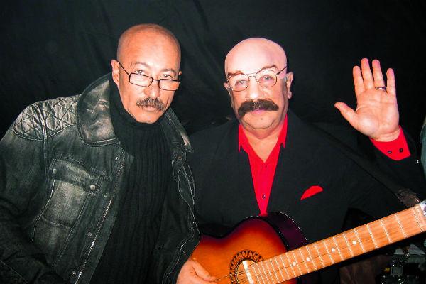 Розенбаум и Винокур (справа) дружат более 30 лет, у юмориста есть даже номер в образе певца