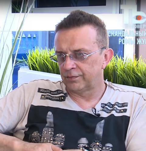 Рома Жуков съехал от жены