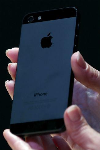 Новый айфон выше, легче и тоньше предыдущих версий