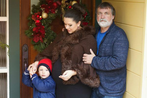 Александр Литвин с женой и старшим сыном