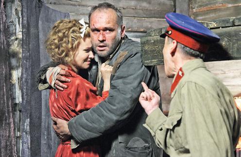 Кадр из фильма «Служу Советскому Союзу»