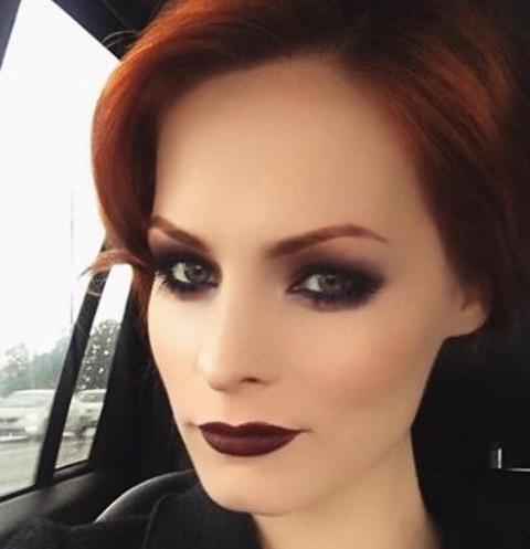Участница 17-ого сезона «Битвы экстрасенсов» Мэрилин Керро