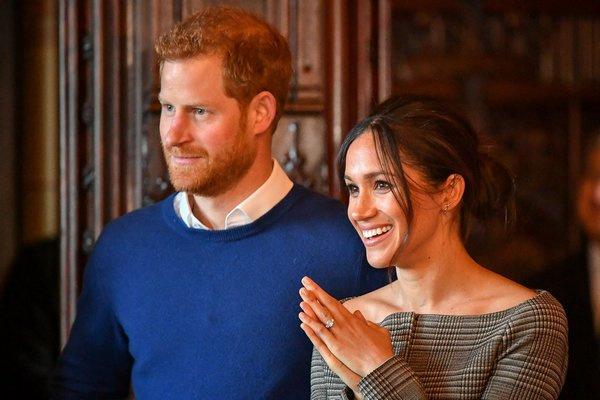 Принц Гарри и Меган Маркл объявили о помолвке в ноябре прошлого года