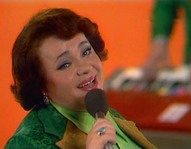 Актриса полюбилась зрителям благодаря ярким ролям в советских кинокартинах