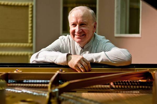 Последние годы жизни композитор боролся с онкологическим заболеванием
