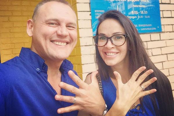 Степан Меньщиков с супругой