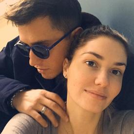 Павел Прилучный и его жена Агата Муцениеце фото свадьбы