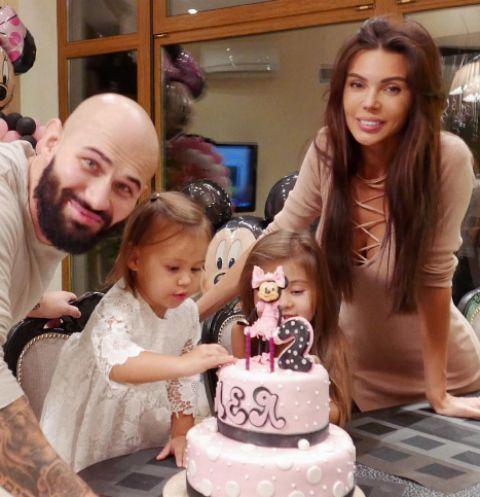 Джиган и Оксана Самойлова с детьми