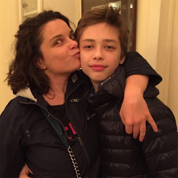 Этому фото Наташи Королевой с сыном Архипом уже почти год