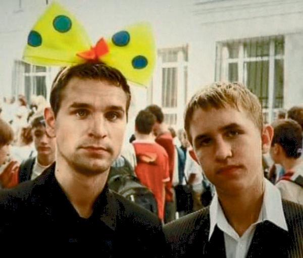 Виктор и его младший брат Иван связали   жизнь со сценой