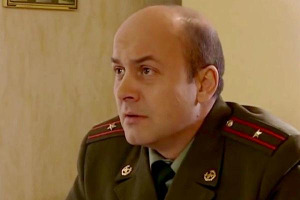 Вячеслав Гришечкин сыграл в «Солдатах» роль замполита по фамилии Староконь