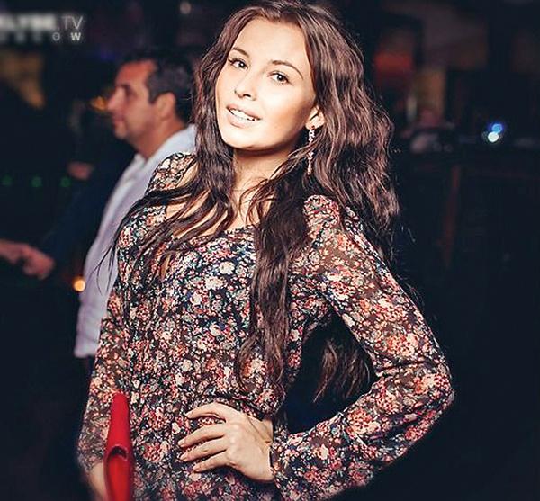 Наталья Картамышева помогает актеру вернуть жену