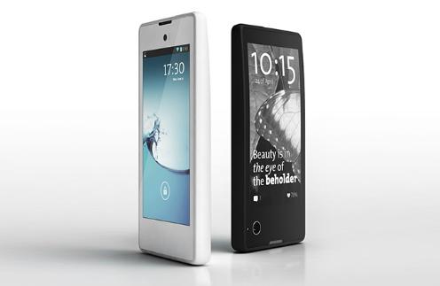 У нового смартфона YotaPhone экран с обеих сторон