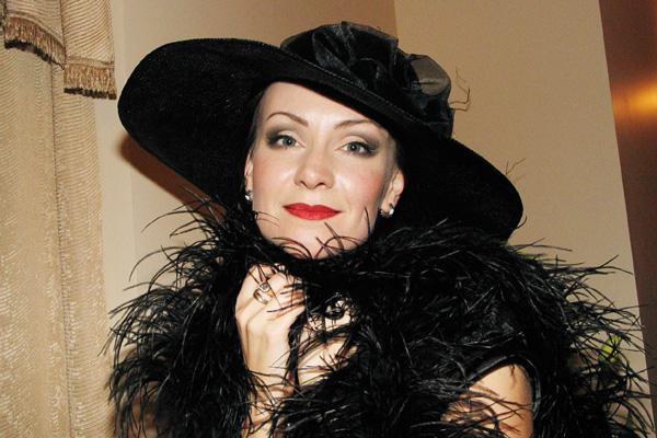 Нонна Гришаева никогда не боялась экспериментировать с внешностью