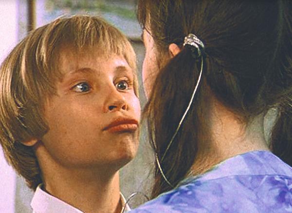 В детстве мальчик снимался в киножурнале «Ералаш»