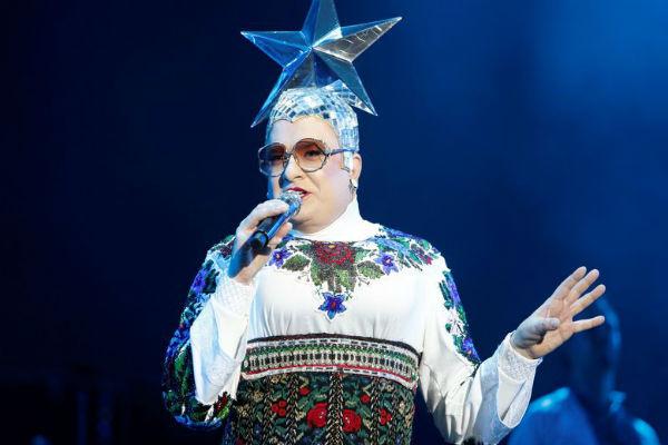 Сейчас артист живет и работает преимущественно на Украине