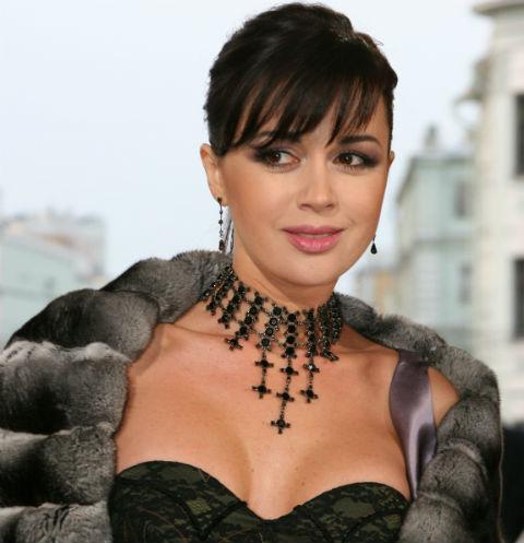 Анастасия Заворотнюк недавно родила третьего ребенка