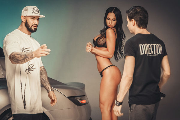 Джиган и Павел Худяков решили использовать в видео классическую подачу хип-хоп истории