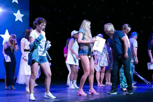 Бывшая участница реалити-шоу хотела поразить Виктора Дробыша талантом