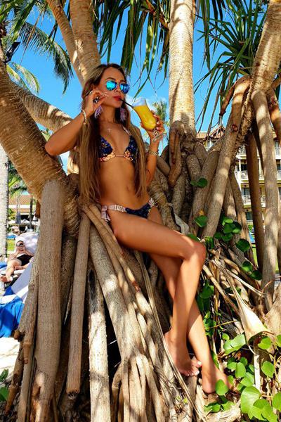 Анна Калашникова провела новогодние праздники в Таиланде