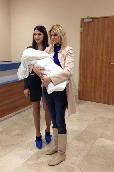 Ирина Круг с новорожденным сыном Андреем