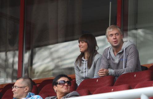 Сергей и Антонина на футбольном матче