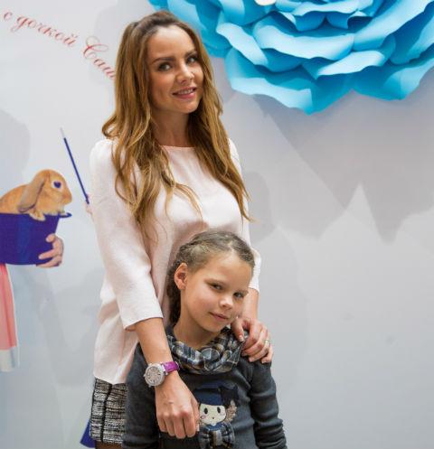 Певица МакSим с дочерью