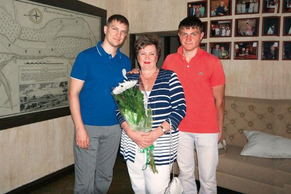 Сыновья шутят: «Мама-блогер – горе в семье»