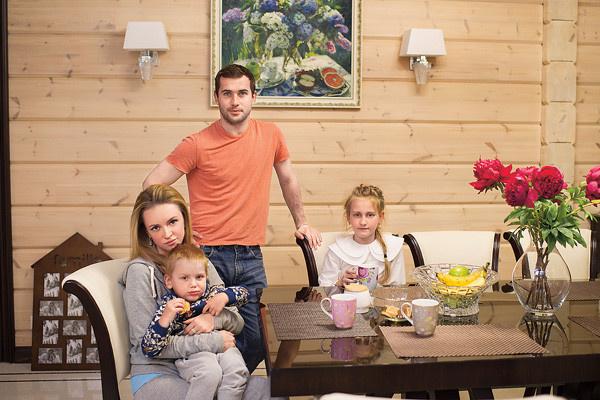 Милана Тюльпанова вышла замуж за Александра Кержакова три года назад