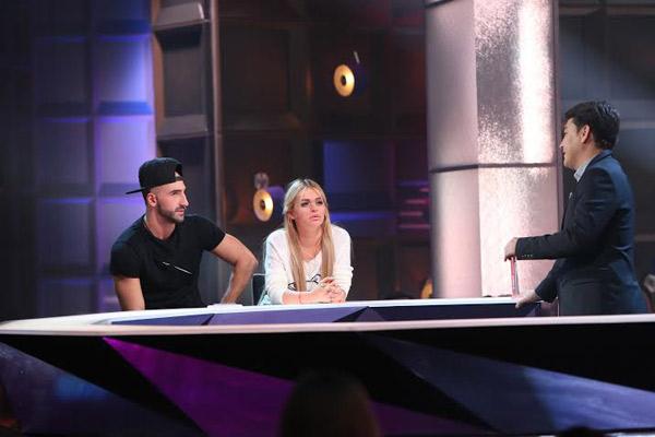 Артур, Анна и Азамат Мусагалиев, ведущий шоу «Где логика?»