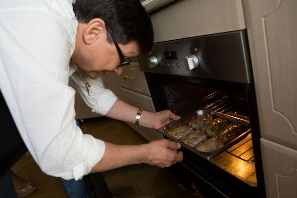 Работать с мясом Егору понравилось