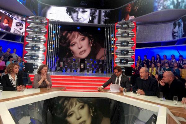 Дочь Гурченко Мария и вдовец артистки встретились в эфире программы Андрея Малахова