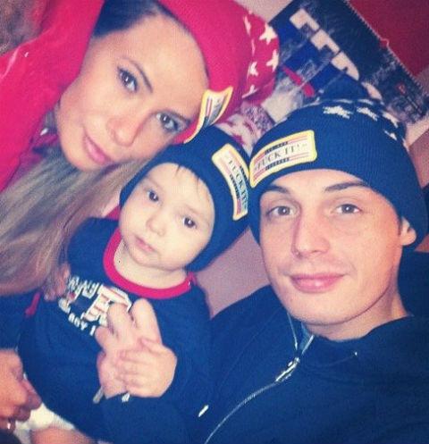 Айза, Гуф и их общий ребенок Сэм
