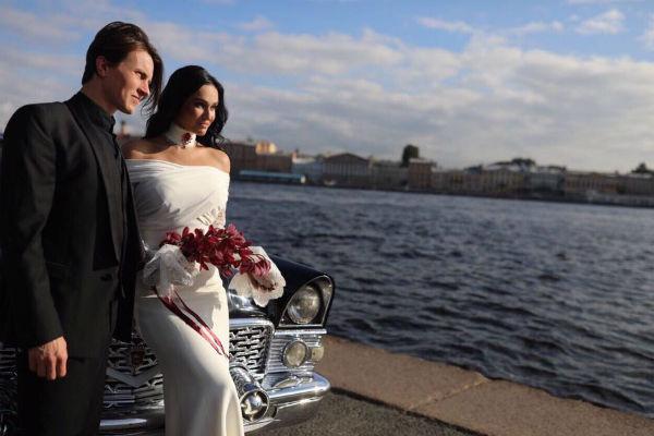 Алена и Алексей решили пожениться еще в начале лета