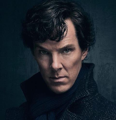 Исполнитель главной рои в сериале «Шерлок Холмс» Бенедикт Камбербэтч