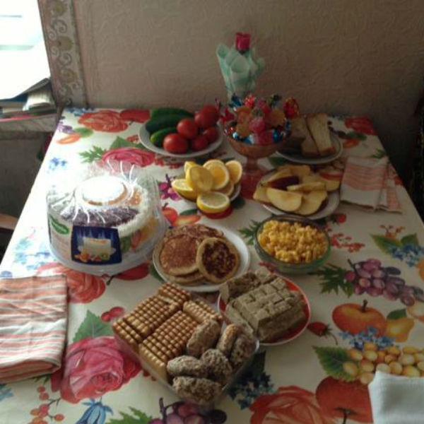 «Да! Это дом моей бабушки и это только завтрак!» - подписала снимок Шейк