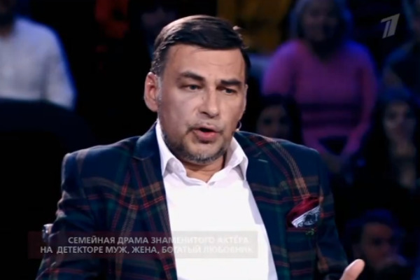Вячеслав хочет жениться на Анне