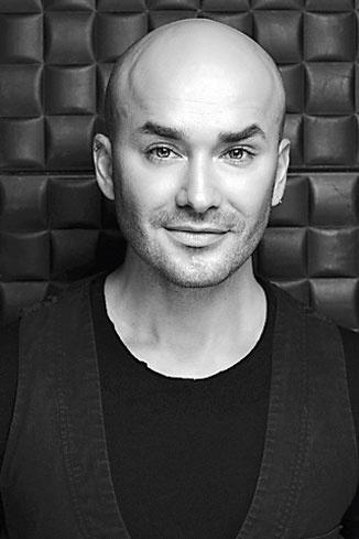 Владимир Калинчев, официальный визажист Max Factor в России