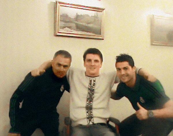 Сергей с тренером Жозе Моуринью и футболистом Криштиану Роналду, середина 2000-х