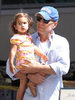 Брюс Уиллис с дочерью Мейбл Рей