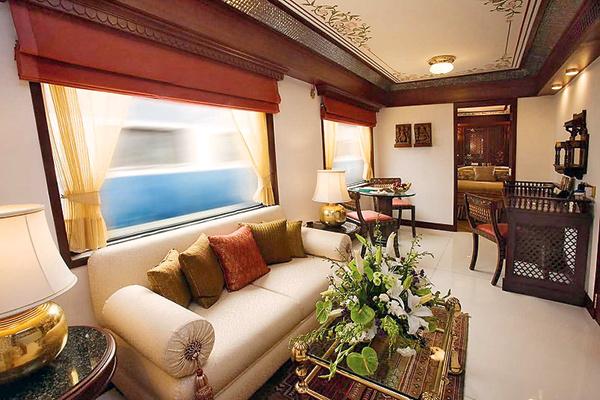 В «Экспрессе Махараджей» певица жила в «платиновом» вагоне